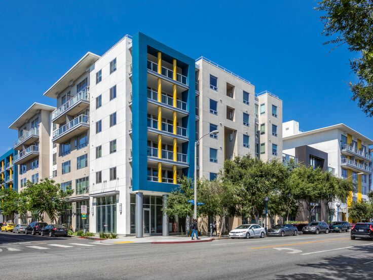 The-Dylan-Apartments_Building-Exterior_20180731_19 (3)