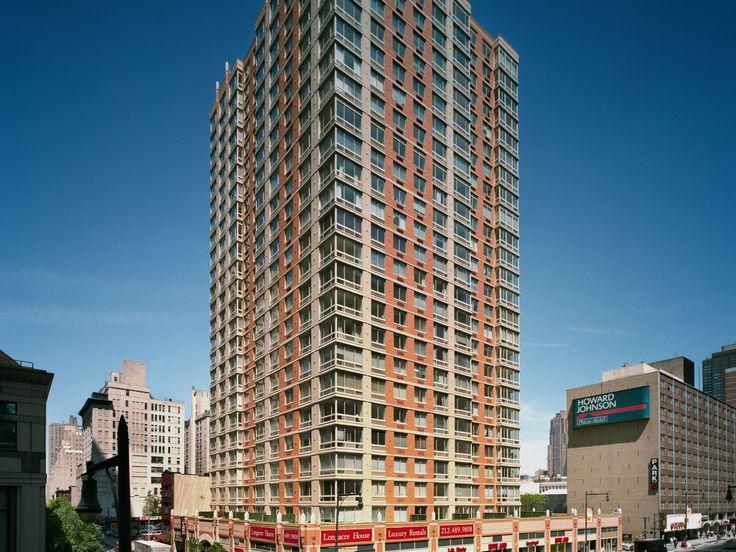 EQR-LongacreHouse-NYC-170883-01