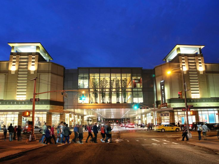Queens Center (1)