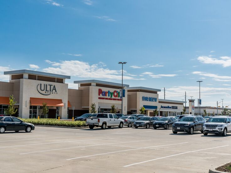 1750_Grand-Parkway-Marketplace_0515